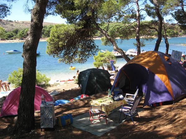 Camping_Pomer